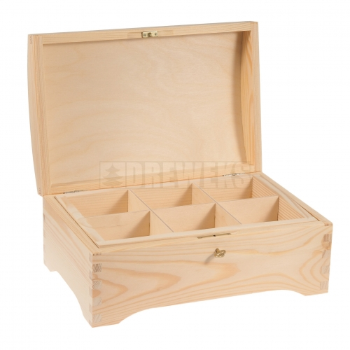 Chest / trunk with compartments inside