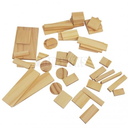 Zestaw drewnianych klocków