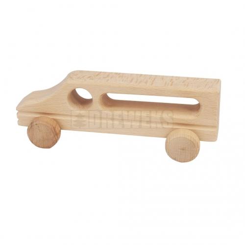 Drewniane autko na kółkach
