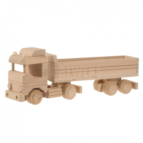 Truck with moving semitrailer