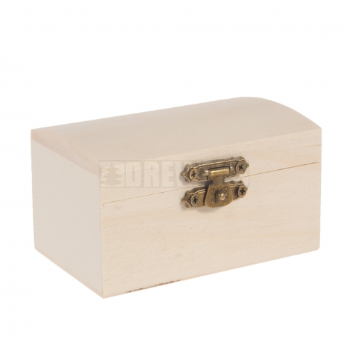 Tiny chest with lock